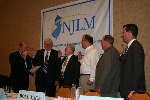 The 2005 League Officers and Board Members are sworn in