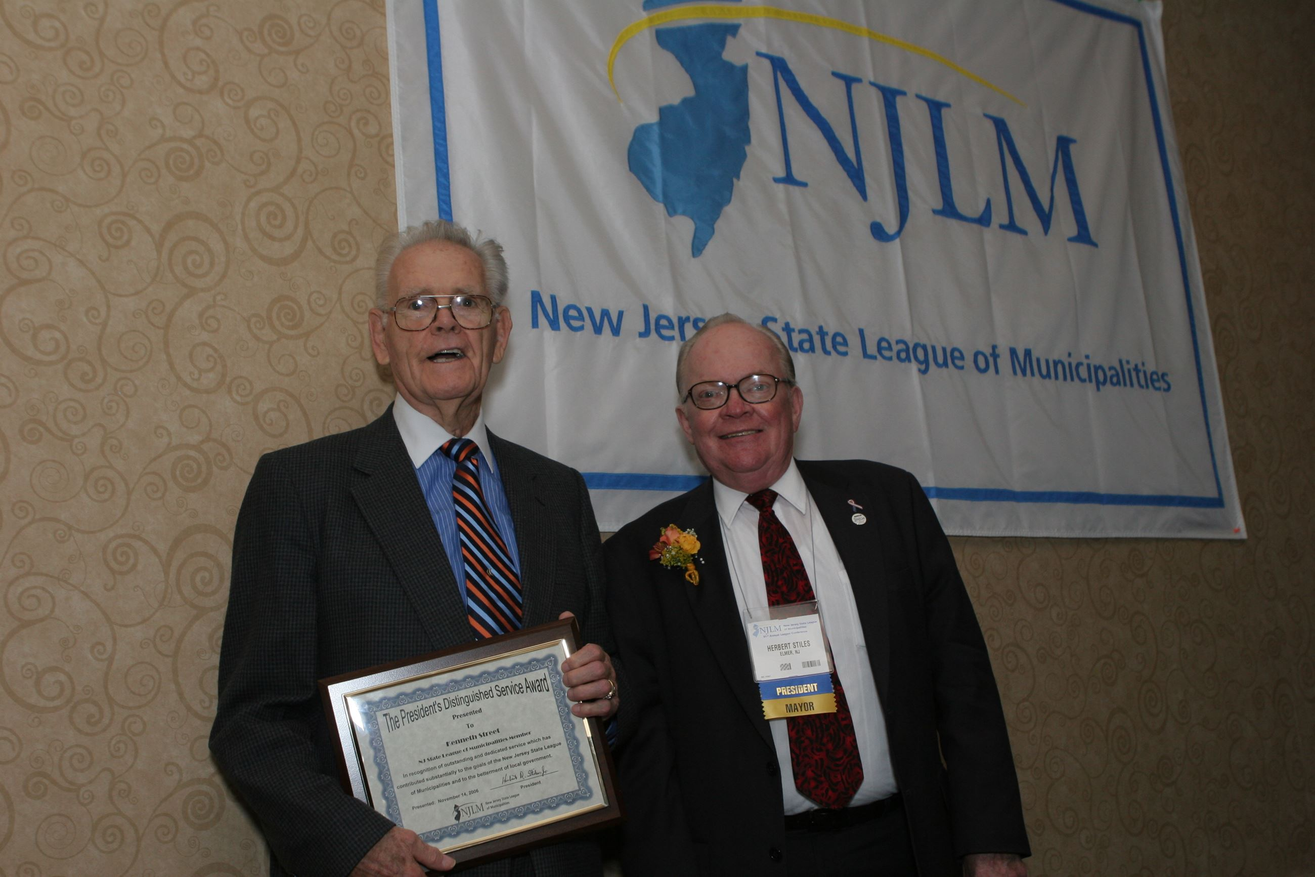 Kenneth Street receives a 2006 President's Distinguished Service Award from NJLM President Stiles
